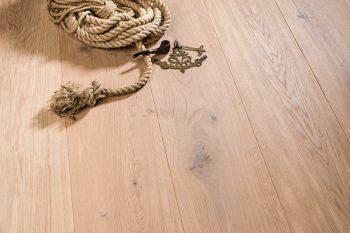 Coswick_Wide Plank_Oak_Batiste_01