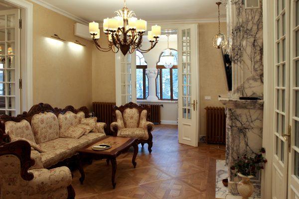 Versailles and Chevron Mosaic Flooring
